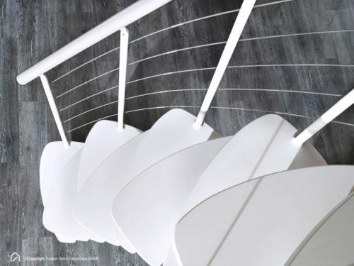 Raumspartreppe Euro Step | Metallfarbe Polar-Weiß | Stufendesign Buche weiß