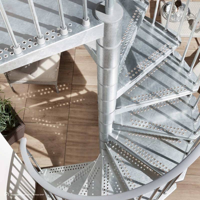 Stahltreppe Intercon® Steel Zink Sky | Silber-Effekt Edition