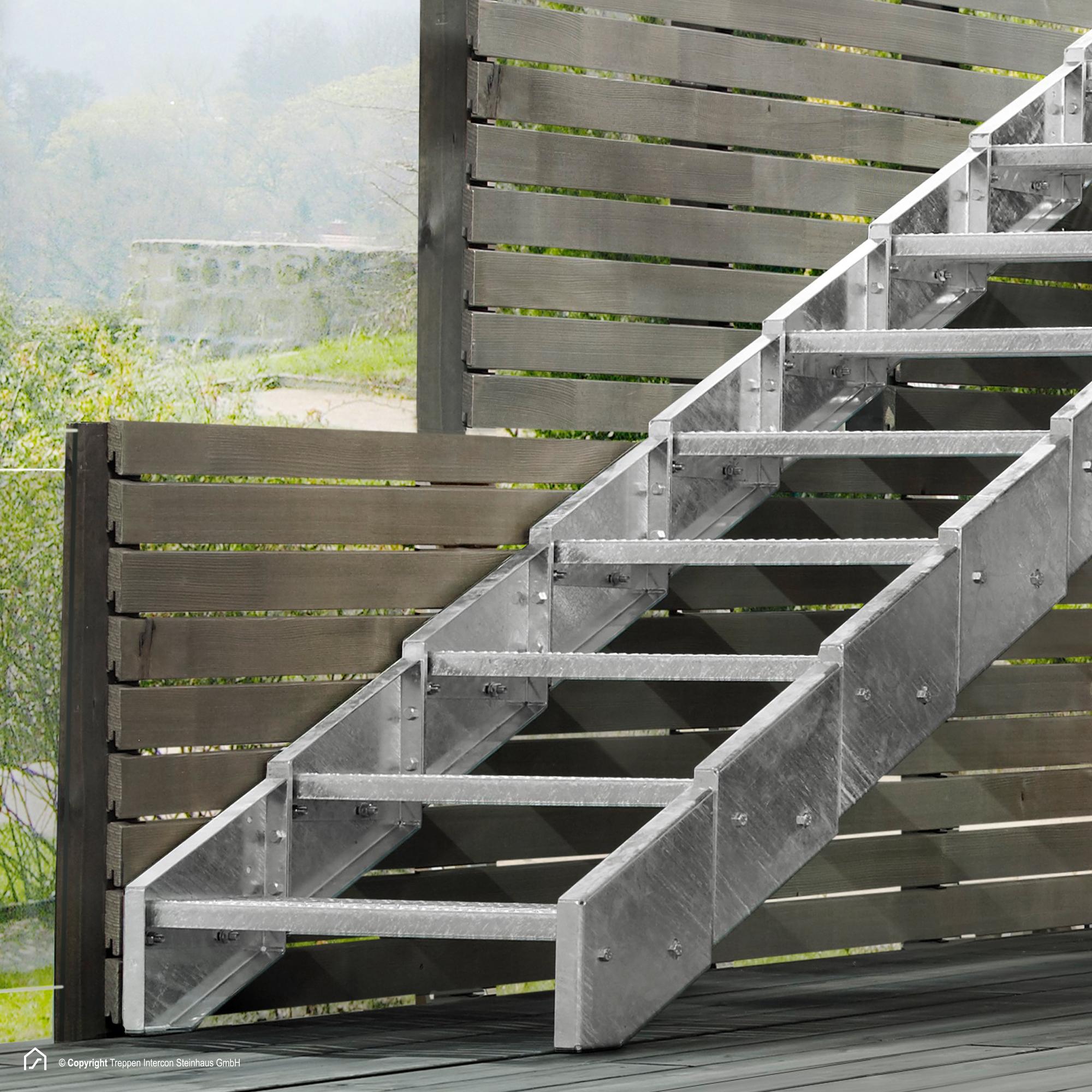 metalltreppe aus verzinktem stahl gesucht treppen intercon. Black Bedroom Furniture Sets. Home Design Ideas